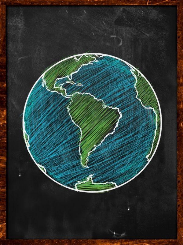 green-blue-earth-no-blackboard-globe_1379-520